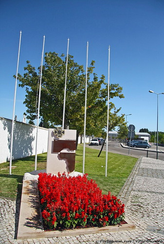 Monumento aos Combatentes da Guerra do Ultramar - Covões - Portugal