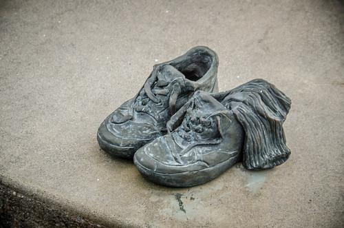 Statue Shoes