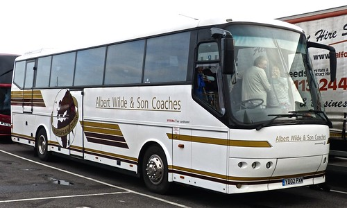 YD02 PXM 'Albert Wilde & Son Coaches' Bova Futura.