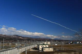 新函館北斗付近上空を通過して帰投するブルーインパルス