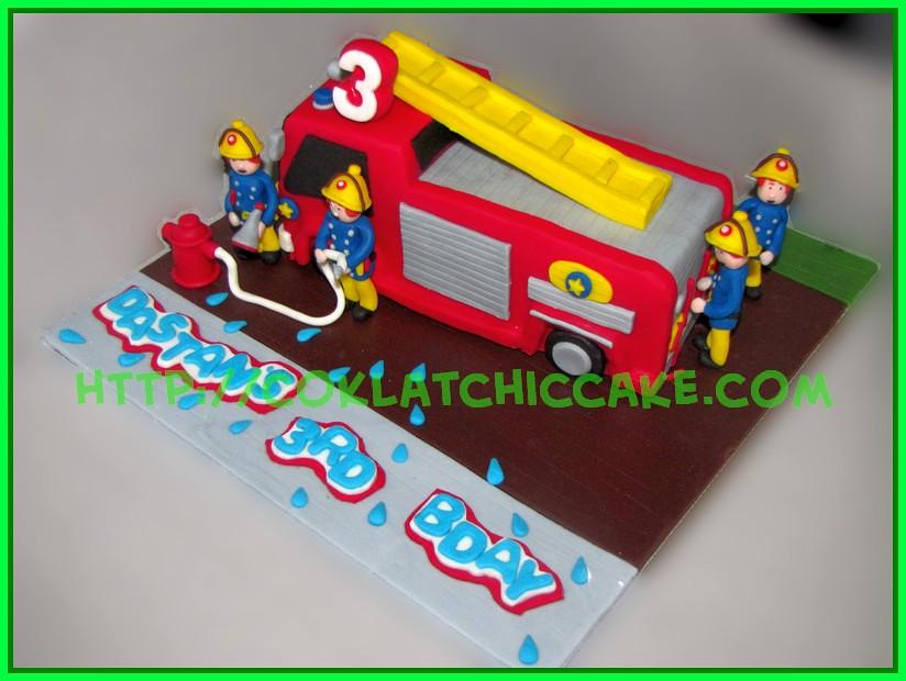 Cake Firetruck Rr