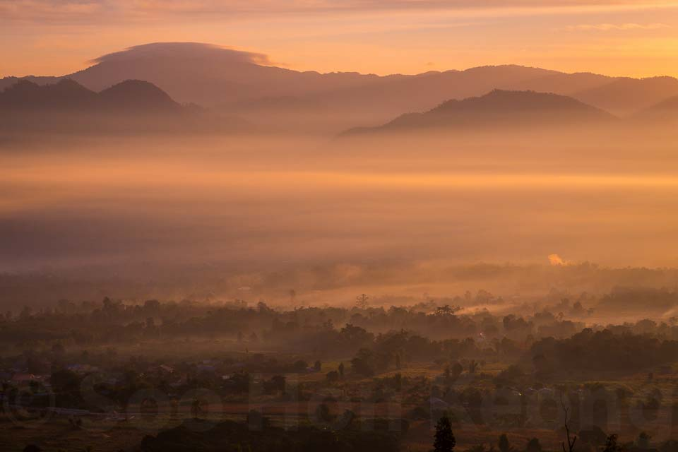 Sea of Fog @ Pai, Thailand
