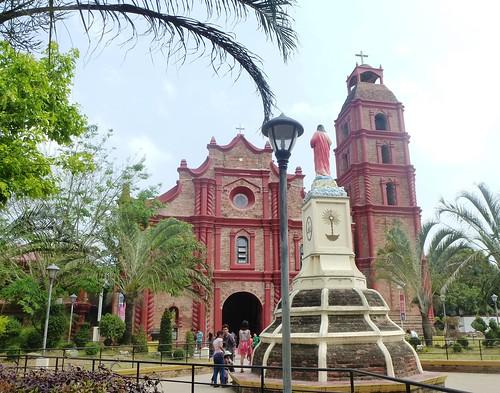 Luzon16-Tuguegarao-cathedrale-Jeudi-Saint (2)
