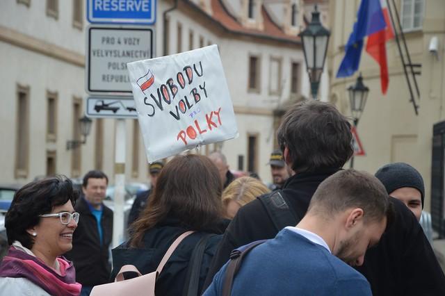 16_04_08_Proti zákazu potratů v Polsku