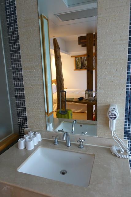 獨立在廁所與浴室之外的洗手台@宜蘭香格里拉休閒農場