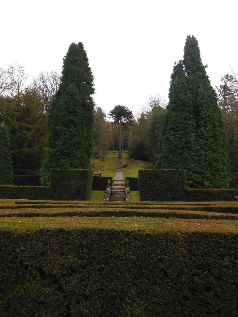 Chatsworth House Maze 4