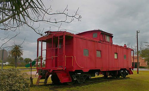 red florida caboose sal acl palatka scl csx railroadmuseum seaboardcoastline countyseat coupla amtrakstation seaboard us17 putnamcounty redcaboose csxrailroad amtrakdepot built1963 atlanticcoastline rrdepot seaboardairline switchstand usroute17 steelcaboose classm5 palatkamuseum davidbrowningrailroadmuseum formeratlanticcoastlinedepot 220northeleventhstreet 220n11thstreet 220n11thst switchstandondisplay cabooseondisplay aclnumber0623 exscl0623