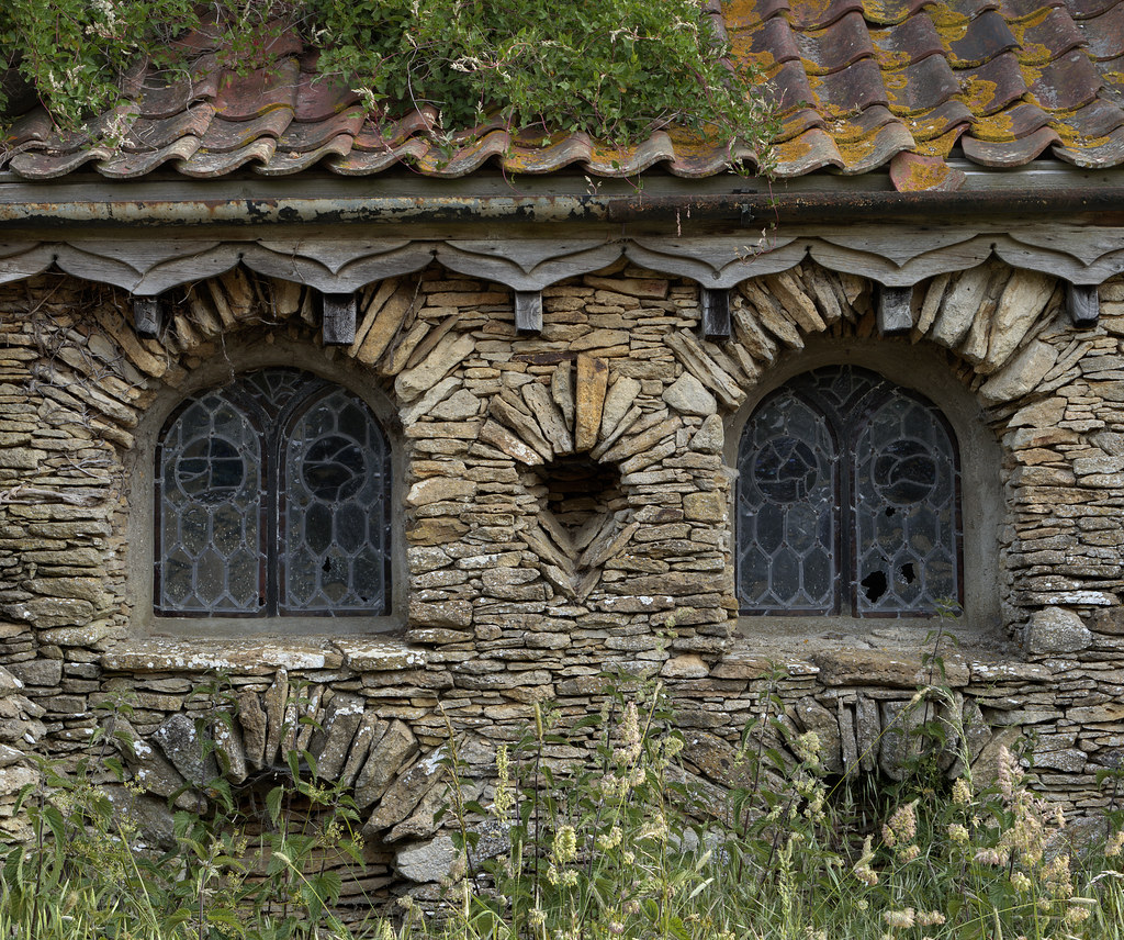 Hobbit House Windows