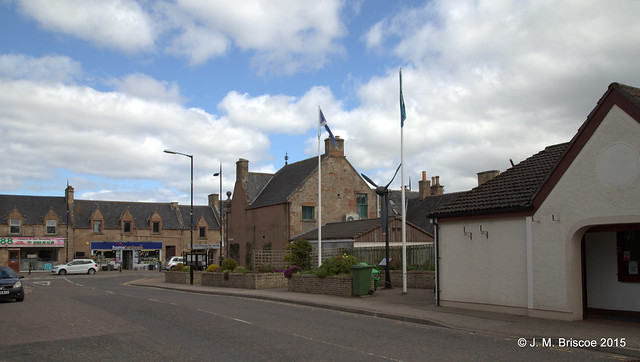 Memorial dedicated to members of the Armed Forces of all nations who served in the Alness area