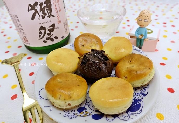 25 老胡賣點心 蜂蜜抹茶蛋糕捲 蜂蜜蛋糕捲 一口乳酪球 火腿乳酪球 一口巧克力
