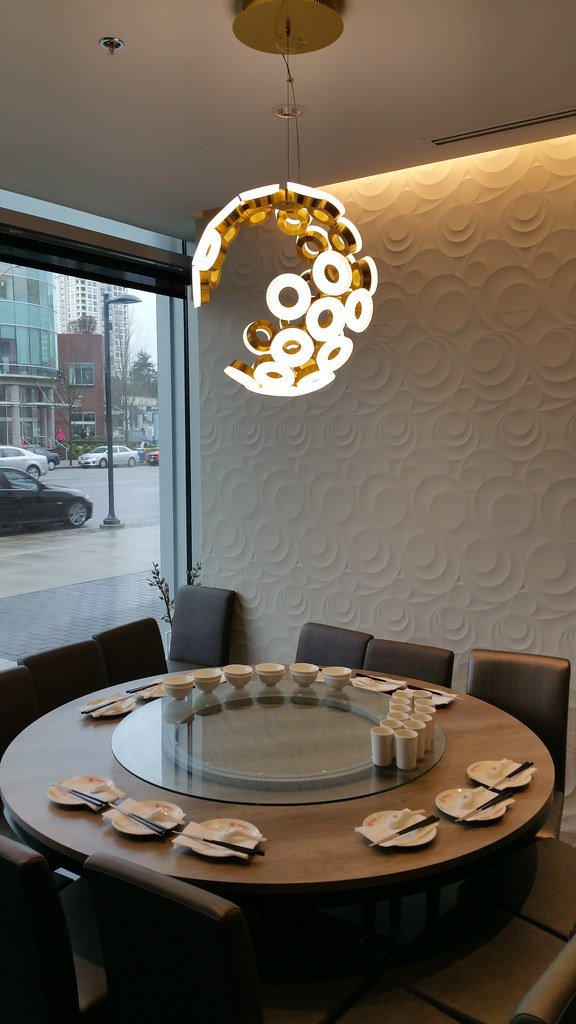 2016-Jan-22 Dinesty Dumpling House Burnaby - round table