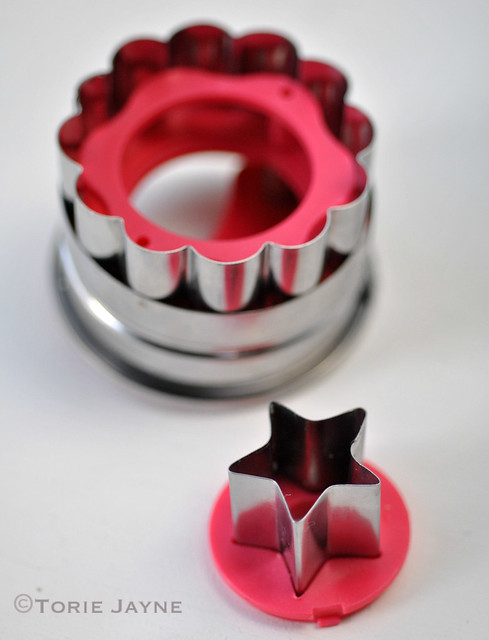 Tala Flower and Star Plunger Cutter 1