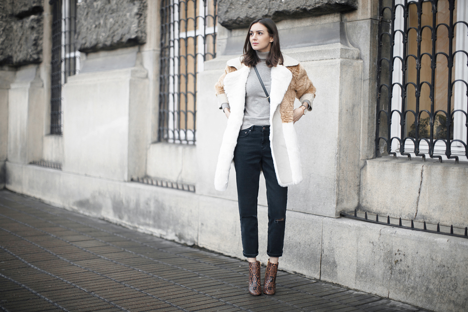 faux-fur-coat-street-style-outfit