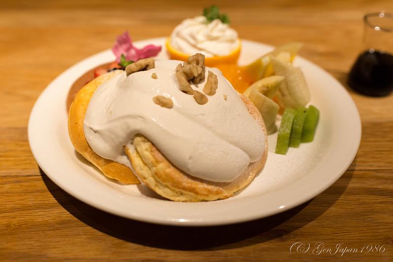 New Airy メープルクリームパンケーキ