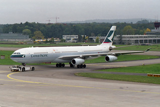 Cathay Pacific Airways Airbus A340-313 B-HXH
