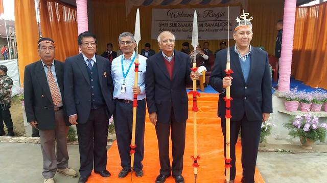 11.12th Feb_Mr. S. Ramadorai, Mr. R. Srinivasan & Mr. Ranjit Barthakur feliciated with traditional head gear and spears by Villahe heads at Ringui Village of Ukhrul Dsitrict, Manipur
