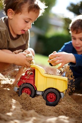 Dạy trẻ tự kỷ các hoạt động luân phiên (1)