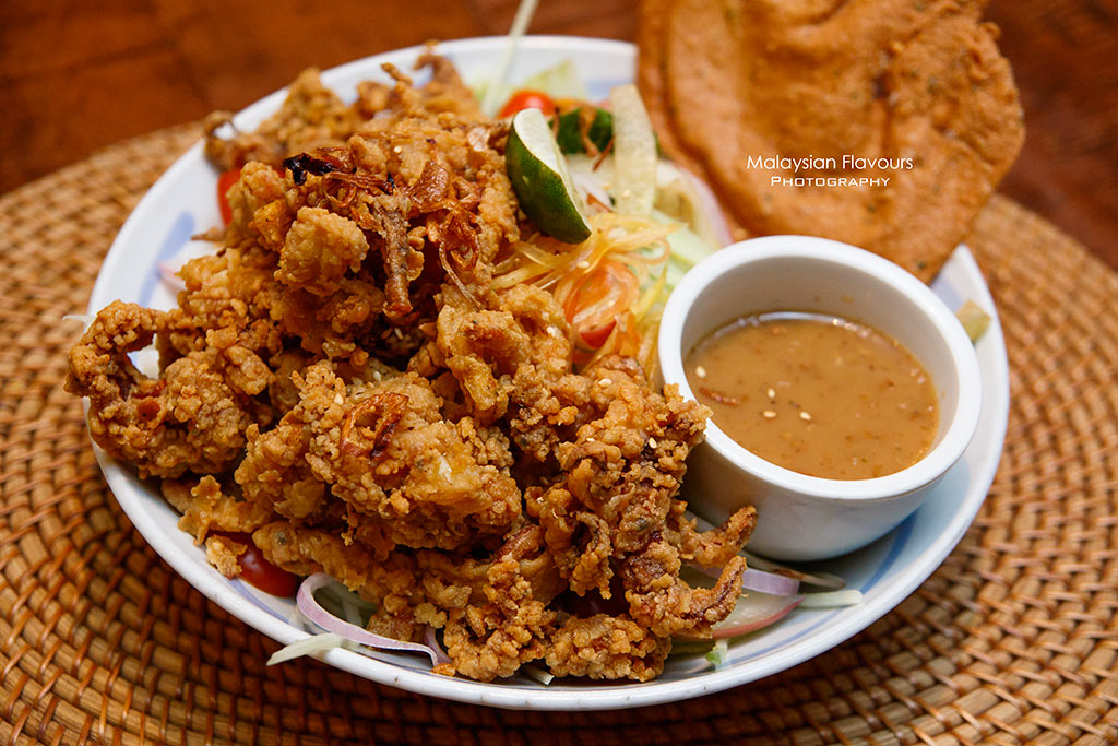 bali and spice damen subang jaya balinese fried squid salad