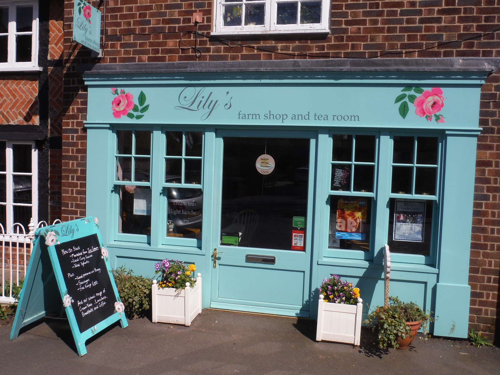 Lily's Farm Shop and Tea Room, Dorchester-on-Thames SWC Walk 44 - Didcot Circular