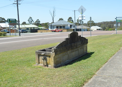 Kearsley Bills Horse Trough 004