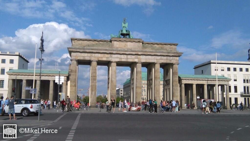 78. Puerta de Brandenburgo