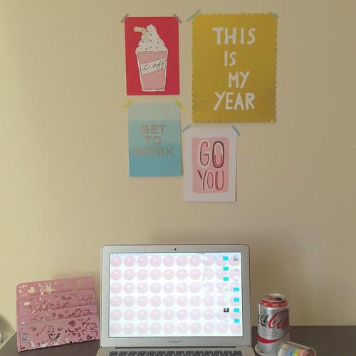 de-cluttering - desk view