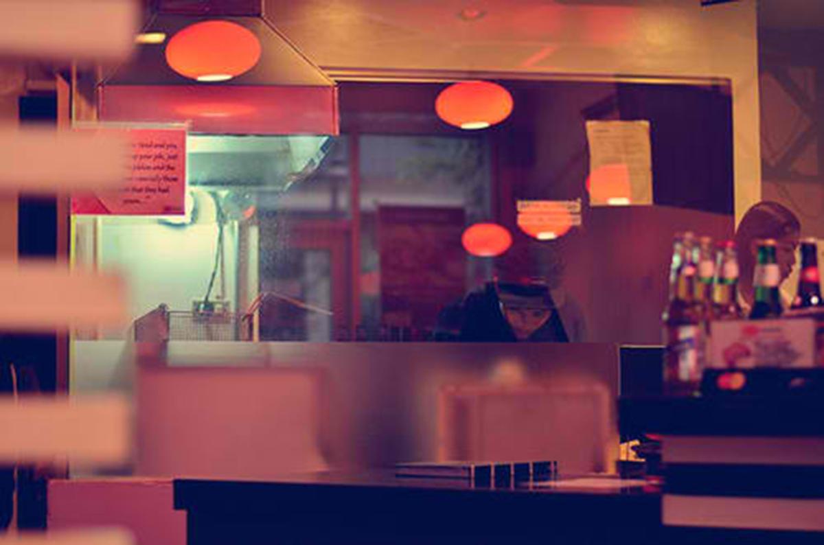 Trice Nagusara Crave Burger 04