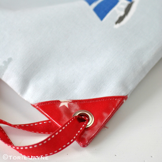 waterproof lined drawstring rucksack sewing tutorial 21