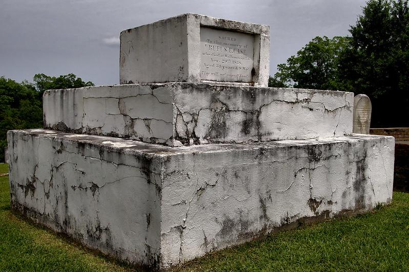 RUFUS E. CASE MONUMENT