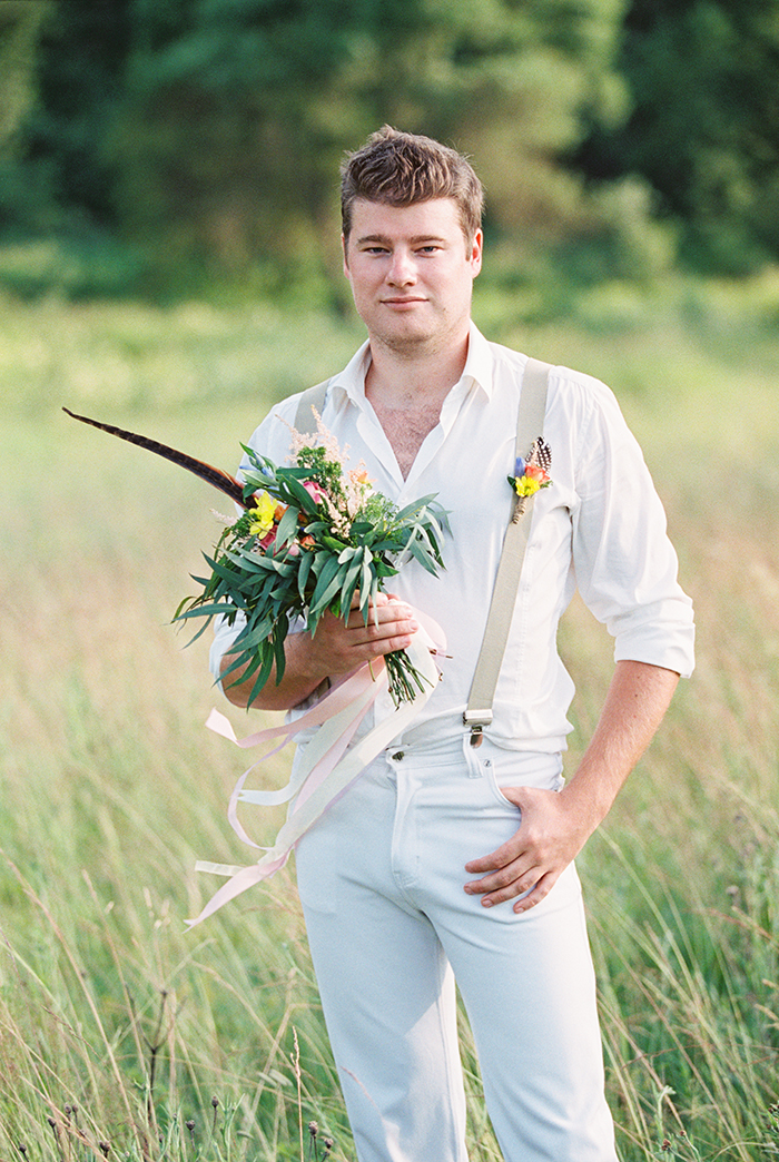 Casual groom for Bohemian wedding inspiration shoot in the countryside with a dose of vibrancy | photo by Igor Kovchegin | http://www.fabmood.com/bohemian-wedding-inspiration-shoot/ Fab Mood - UK wedding blog #bohemian