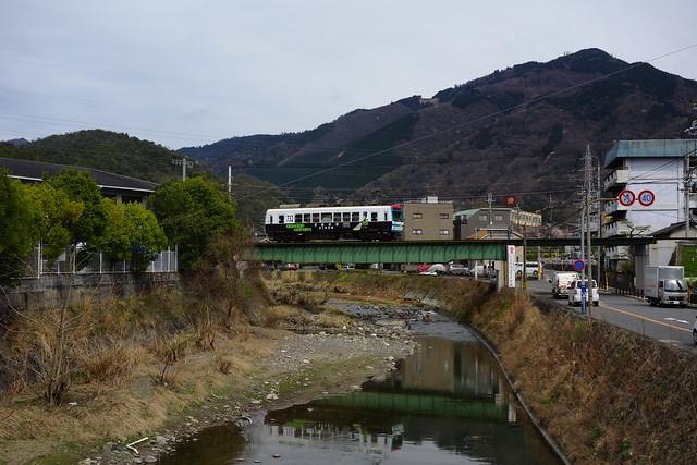 """2016/04 叡山電車732号車""""パトレイン""""と宝ヶ池鉄橋"""