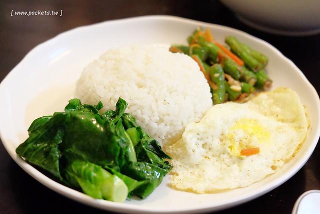 25787466503 756f2c1e7d z - 中南半島越南料理:位於忠孝夜市越南料理餐廳,口味道地平價好吃,再訪重溫記憶中的好味道