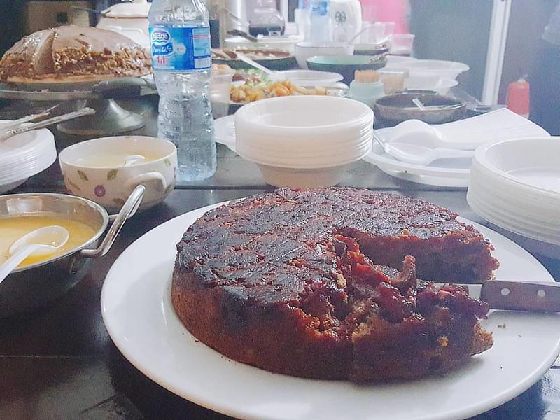 Agbalumo upside down carrot cake #testingtesting #happy #notbad #Samsung #samsungnote5 #note5 #coloursofthenewnigeriankitchen #kitchenbutterfly #newNigeriankitchen #newNigeriancuisine #inseason #Naijafood #Nigerianfruits #agbalumo #Udara #Nigeriancherr