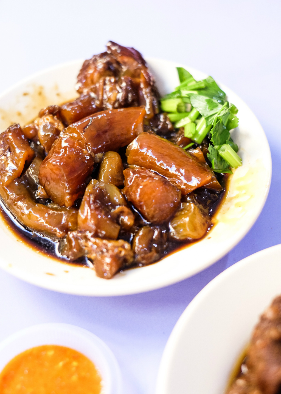 J & J Special Beef Noodle: Braised Beef Tendon