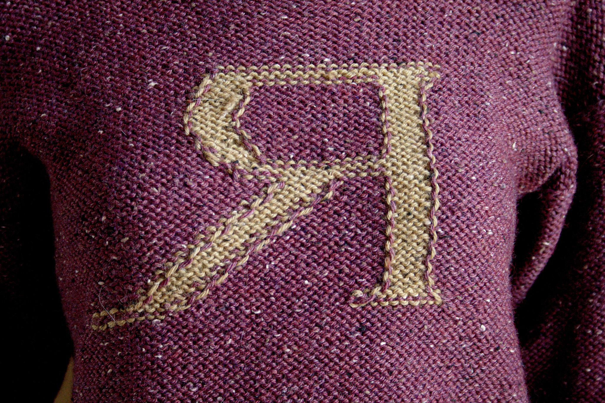 Finished: a Weasley Jumper | Renée And The Cat\'s Meow