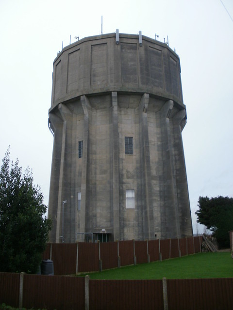 Water tower Pulloxhill