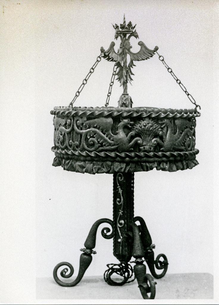 Jose tejados lampara forjada de pie -fotografia Santiago Vico