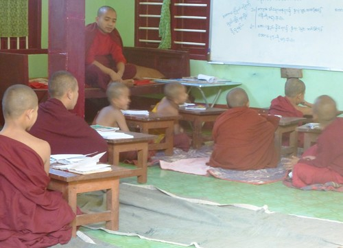 M16-Hsipaw-Monastere (21)