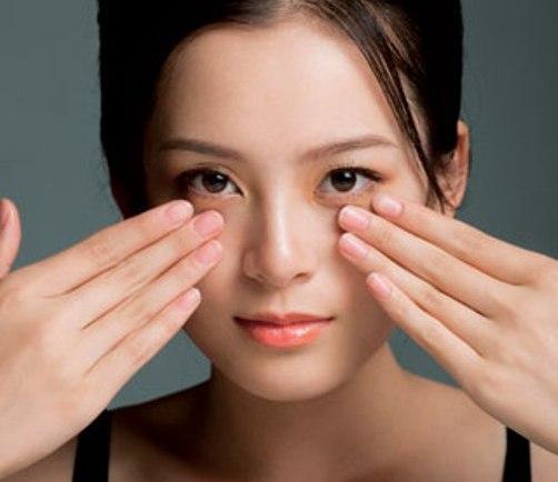 10 cách nhanh chóng làm mất tàn nhang trên mặt