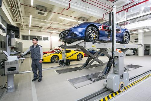 Ferrari 法拉利臺北旗艦售後服務暨展示中心 義大利全自動無接觸式定位儀