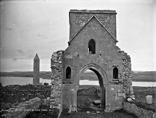ireland ruins northernireland monastic ulster glassnegative fermanagh monasticruins cofermanagh robertfrench devenishisland williamlawrence nationallibraryofireland lawrencecollection lawrencephotographicstudio thelawrencephotographcollection