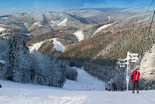 Jednodenní skipas do lyžařského střediska Skalka Arena KREMNICA s 61 % slevou