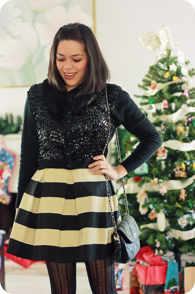 Black And Gold Striped Skirt - Redskirtz