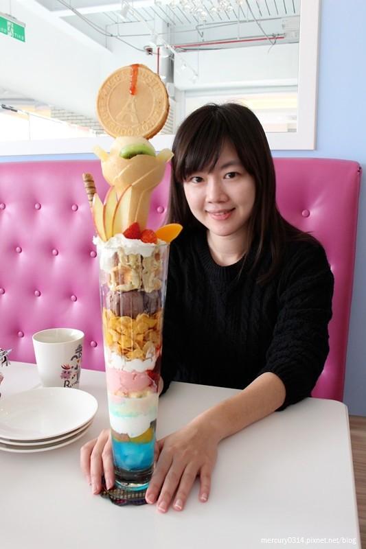24078680102 ef3f808846 b - 台中西屯 Rainbow Waffle Cafe 彩虹國度-咖哩&焗烤專賣店