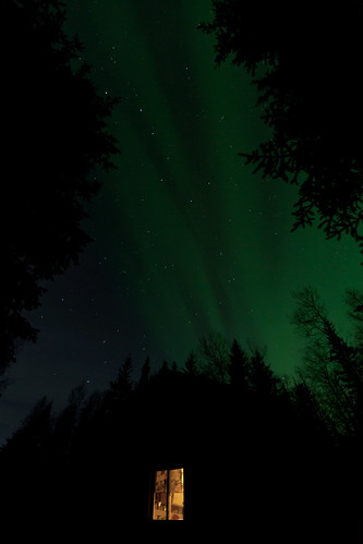 013116 - Big Dipper and Aurora over Salcha cabin