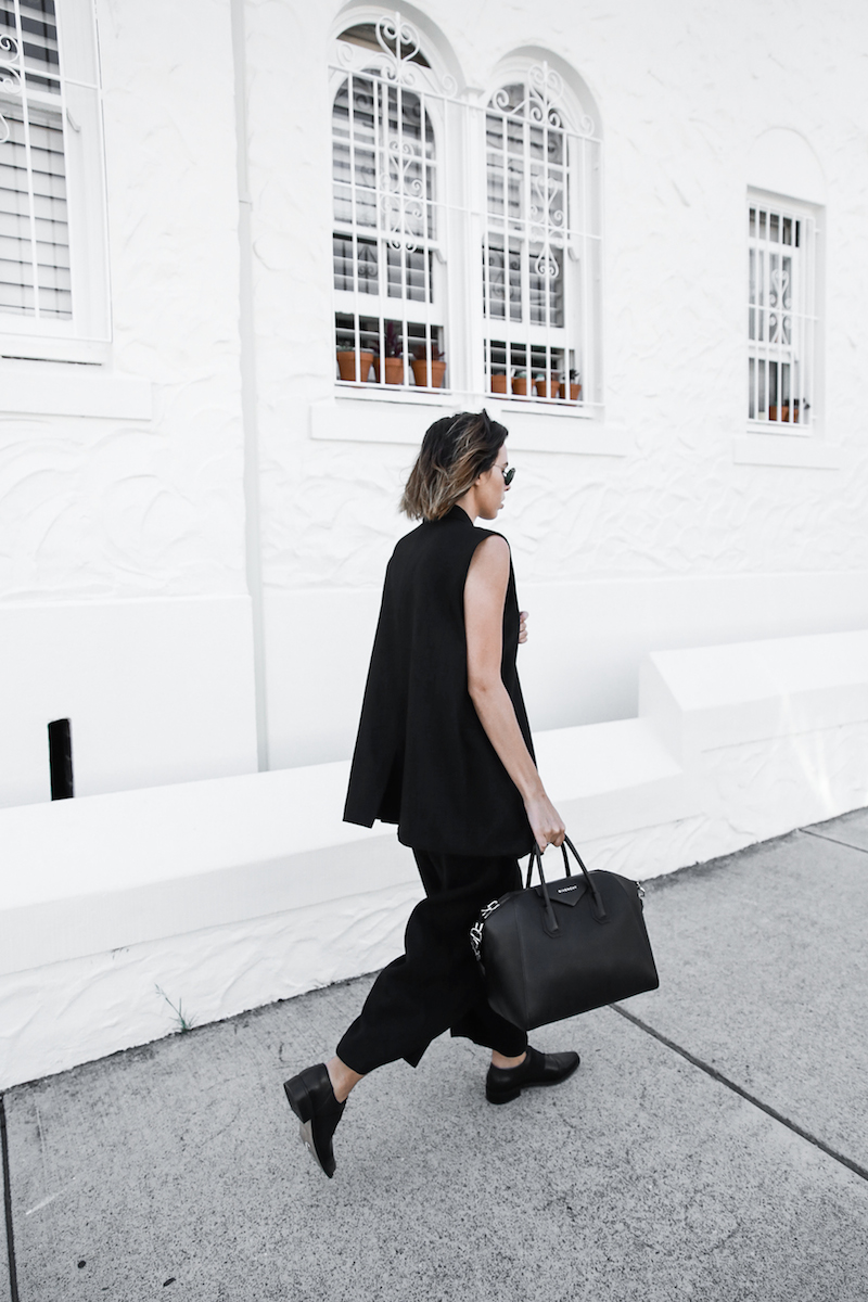 all black street style office work wear inspo suit Givenchy Antigona medium fashion blogger modern legacy  (1 of 11)