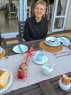 Frühstück auf der Terrasse der Amanzi Island Lodge
