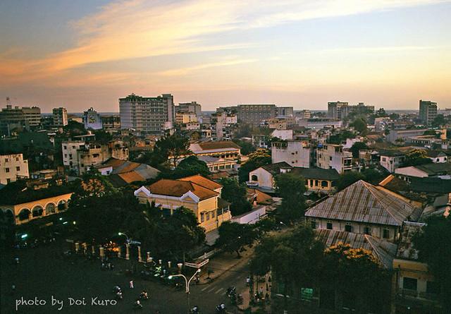 Saigon 1989 - View from hotel - Photo by Doi Kuro