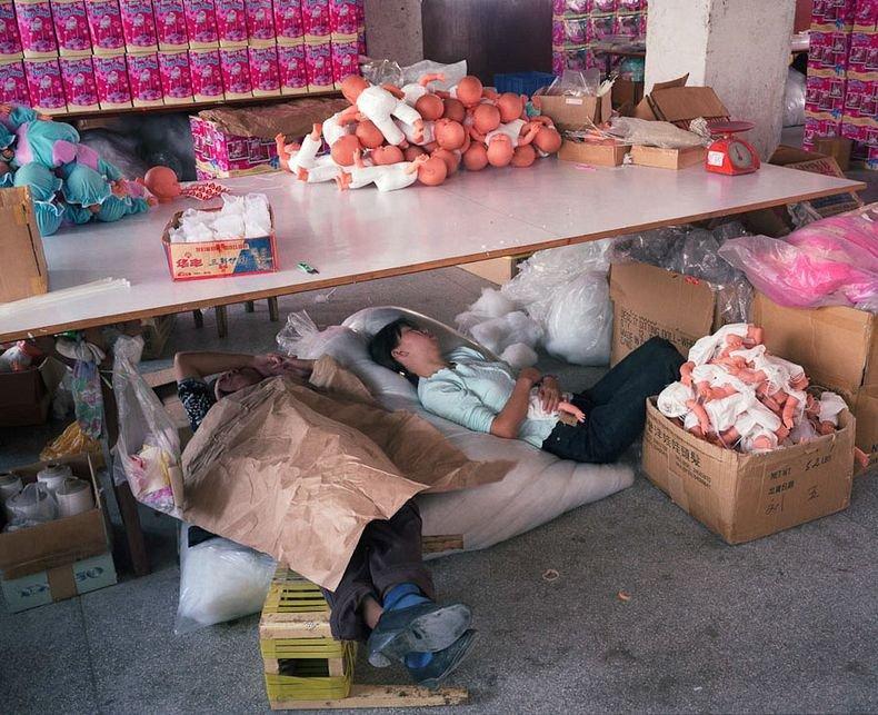 Toy Story︰中國女工與她所製作的玩具14