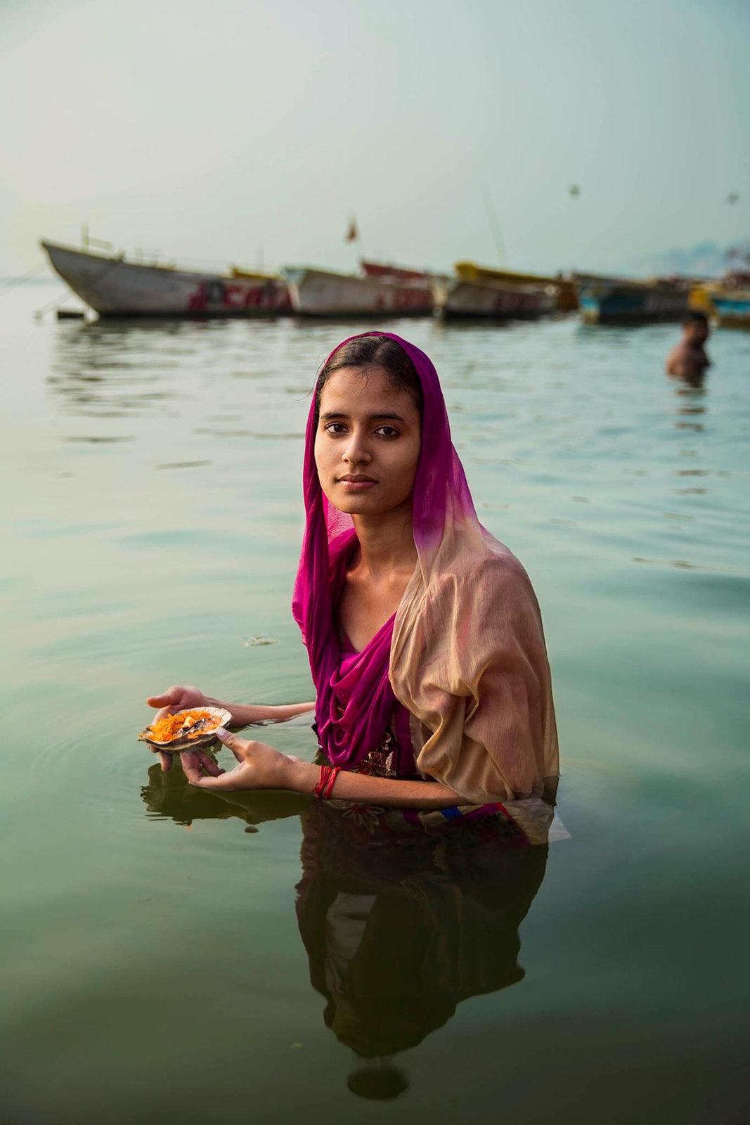 Portrait de femme, Gange Varanasi India Photo: Mihaela Noroc